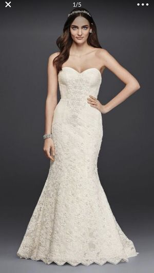Beautiful wedding dress size 6 (altered ) for Sale in University Place, WA