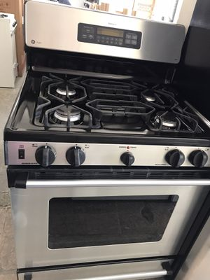 "Vertex appliances. Used,30"",gas stove,GE brand, STAINLESS, seal burners , electronic ignition ,self clean oven , great condition for Sale in San Jose, CA"