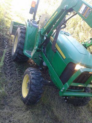 John Deere tractor 4x4 for Sale in Houston, TX