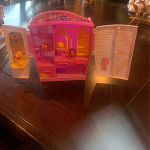 Shopkins beauty store for Sale in El Paso, TX