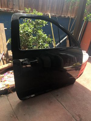 Dodge Ram single cab door 2014 for Sale in Industry, CA