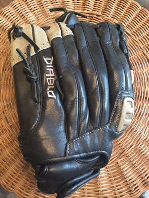 "Softball Glove 12"" Diablo right handed for Sale in Virginia Beach, VA"