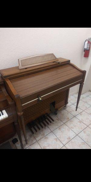 Yamaha Organ for Sale in Port Richey, FL