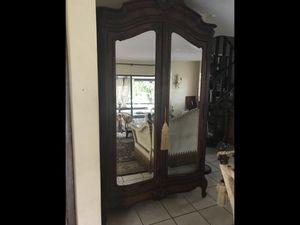 Antique armoire $240 for Sale in Pompano Beach, FL