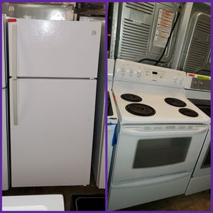 Kenmore 2pc top Freezer Refrigerator + coil electric stove working perfectly four months warranty for Sale in Baltimore, MD