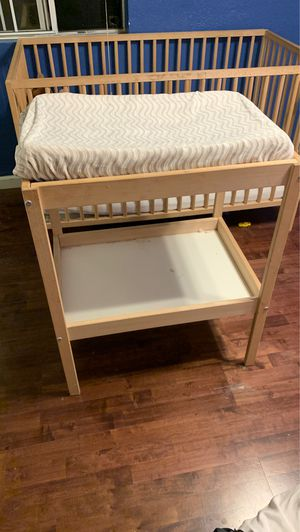 Free changing table for Sale in Los Angeles, CA