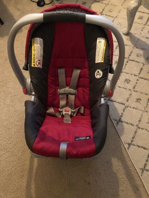 Graco Infant Car Seat with Base and stroller for Sale in Anderson, SC