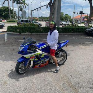 Suzuki Gsxr 600 for Sale in Miami Gardens, FL
