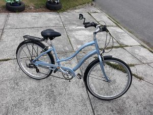 VERY NICE BICYCLES ADULT SIZE SMOOTHLY RIDE FOR SALE for Sale in Bellevue, WA