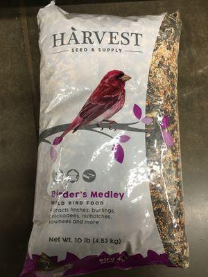 Birders medley bird food for Sale in Bakersfield, CA
