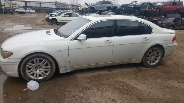 2004 BMW 745i FOR PARTS