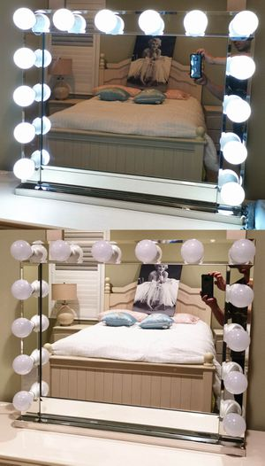Hollywood Makeup Vanity Mirror Glass Frame 14 LED Dimmable Bulbs 31.5'' x 27'' for Sale in Alhambra, CA