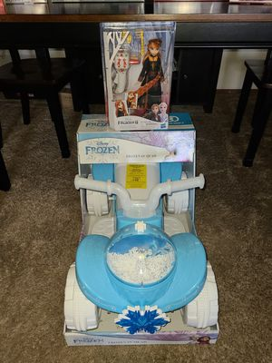 ( NEW ) DISNEY FROZEN V6 QUAD BATTERY OP AND DOLL for Sale in Vista, CA