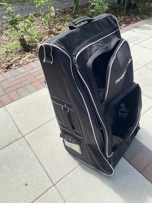 Rolling tower HOCKEY BAG for Sale in New Port Richey, FL