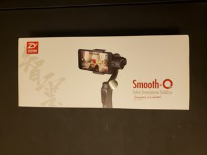 Smooth-Q 3-Axis Smartphone Stabilizer by Zhiyun for Sale in Anchorage, AK