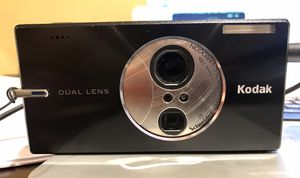 Kodak Easyshare V610 6MP Digital Camera with 10x dual lens optical zoom for Sale in McAllen, TX