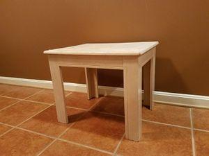 WHITE WOODEN END TABLE for Sale in Ashburn, VA