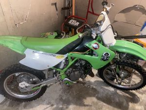 Kawasaki kx 100 (project bike )!! for Sale in Pearland, TX