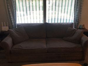 Large couch with pull out queen bed $200 OBO for Sale in Cashmere, WA
