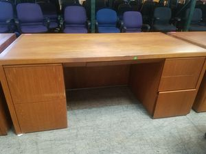 36 x 72 executive office desk $175 each (solid wood) (good condition) for Sale in Houston, TX