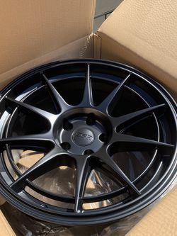 18x9.5+15 18x10.5+15 Staggered Wheels Rims 350z G35 G37 370z Genesis Rx7 240sx Supra for Sale in Fontana,  CA