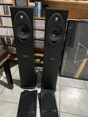 Polk Audio excellent condition RT600i Floorstanding Speakers for Sale in Lake Mary, FL