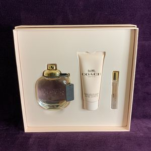 Coach Fragrance Gift Set for Sale in Dinuba, CA