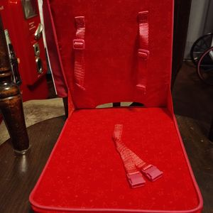 Chair for Sale in Oak Lawn, IL