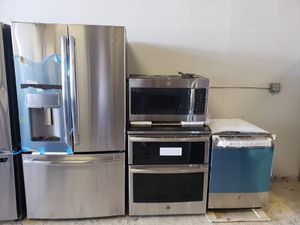 BRAND NEW GE KITCHEN SET PACKAGE for Sale in Tampa, FL