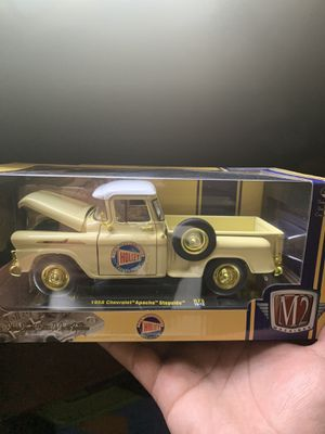 1958 Chevrolet stepside apache R73 gold chase M2 Holley 1/24 1:24 scale for Sale in West Covina, CA