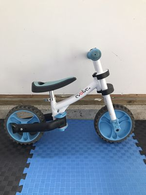 No peddle bike for toddlers for Sale in Chadds Ford, PA