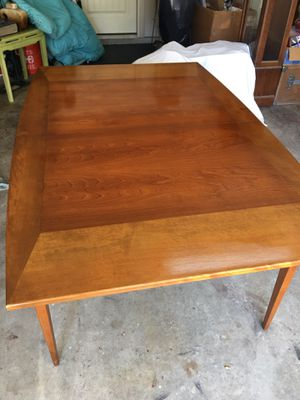 True Vintage Mid Century 1950's Dining table. Can be used as a breakfast table or with leafs a dining table for Sale in Dallas, TX