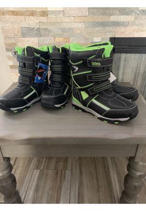 Kids TOTES snow boots for Sale in San Bernardino, CA