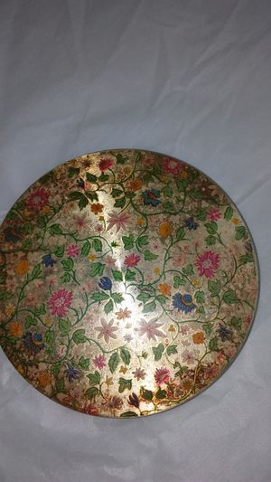 LOVELY BRASS VINTAGE COMPACT WITH MIRROR ,BRITISH MADE. Beautiful inlay Floral top is embedded in the brass top . see full description for Sale in Milford, OH