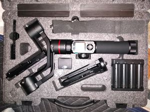 AK2000 3-axis stabilizer for Mirrorless and DSLR camera for Sale in Floral Park, NY