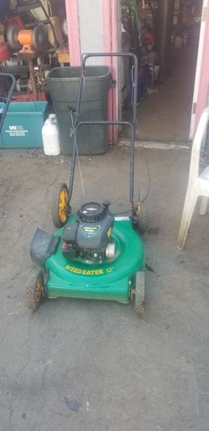 Weedeater brand push lawn mower for Sale in Columbus, OH