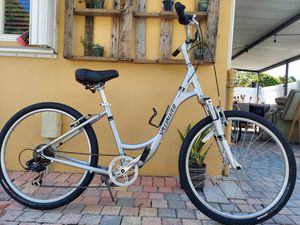 SPECIALIZED EXPEDITION WOMENS HYBRID for Sale in Miami, FL