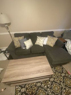 Gray Pull Out Sleeper Couch / Reservable Chaise for Sale in Cumberland,  RI
