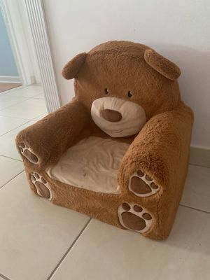 Teddy Bear Lounge Chair for toddler for Sale in Miami, FL