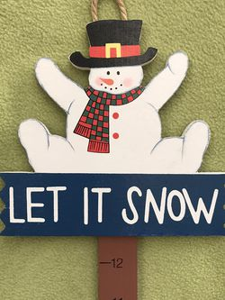 Yard Stake Winter Decoration for Sale in Bolingbrook,  IL