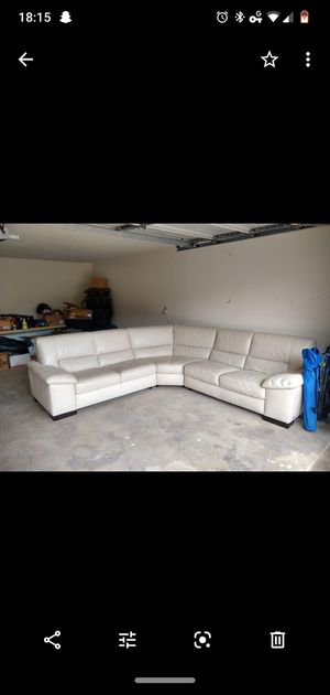 White leather sectional for sale! for Sale in Fort Worth, TX