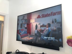 """TCL 55"""" Roku TV, Sony Sound Bar, swivel wall mount! for Sale in San Francisco, CA"""