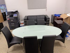 Kitchen table with 6 leather chairs for Sale in Corona, CA
