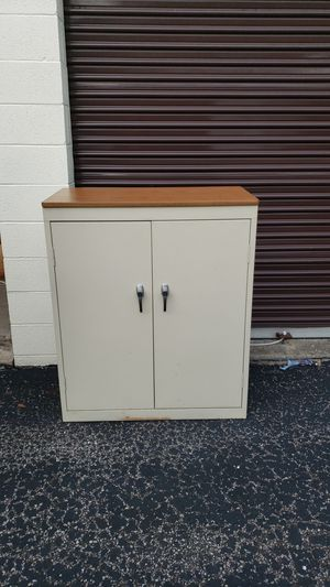 Sandusky Metal Office Supply Cabinet with Shelves and wood laminate top for Sale in MIDDLEBRG HTS, OH