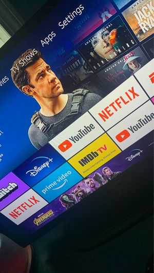 Roku stick like new with apps for Sale in Bedford, OH