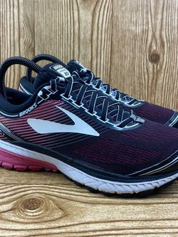 Brooks Ghost 10 for Sale in Meriden,  CT