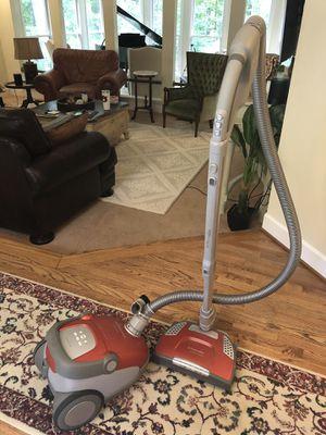 Electrolux amazing vacuum for Sale in Marietta, GA