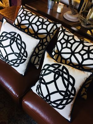 Set of 4 Designer Down Filled White/ black geometric accent pillows for Sale in San Diego, CA
