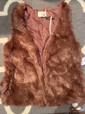 Faux fur vest women's medium purple for Sale in Pasadena, CA