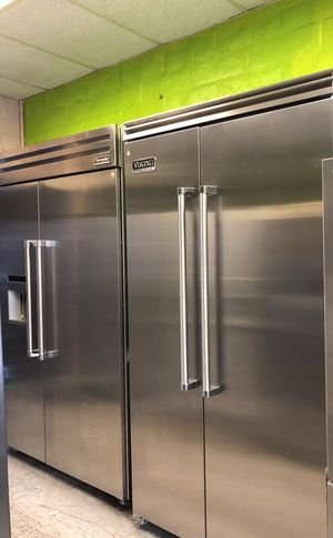 Thermador Professional and Viking Professional Built in Refrigirators for Sale in Concord, CA
